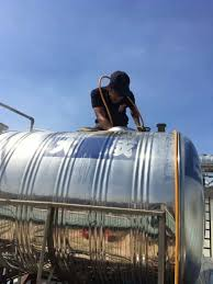 Thường xuyên vệ sinh bồn nước để đảm bảo an toàn sức khỏe