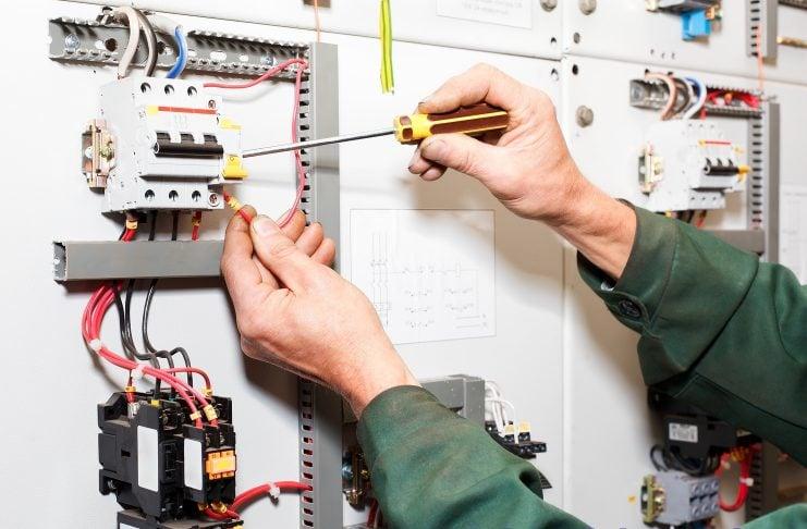 Bảo trì hệ thống điện nước