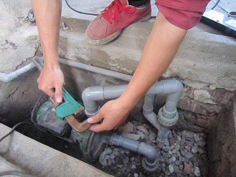 Thợ sửa máy bơm nước tại nhà TPHCM