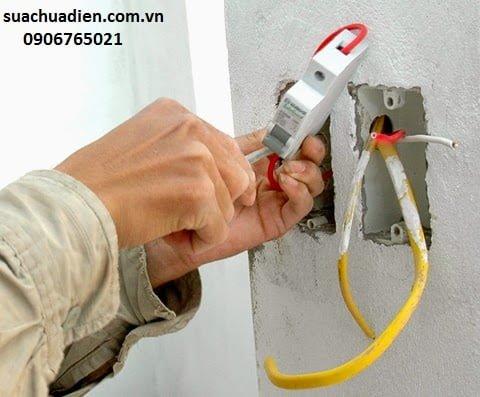 Thợ sửa điện nước tại Bình Dương