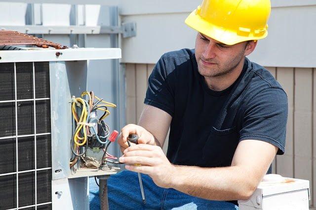 Thợ sửa điện nước tại nhà TP.HCM